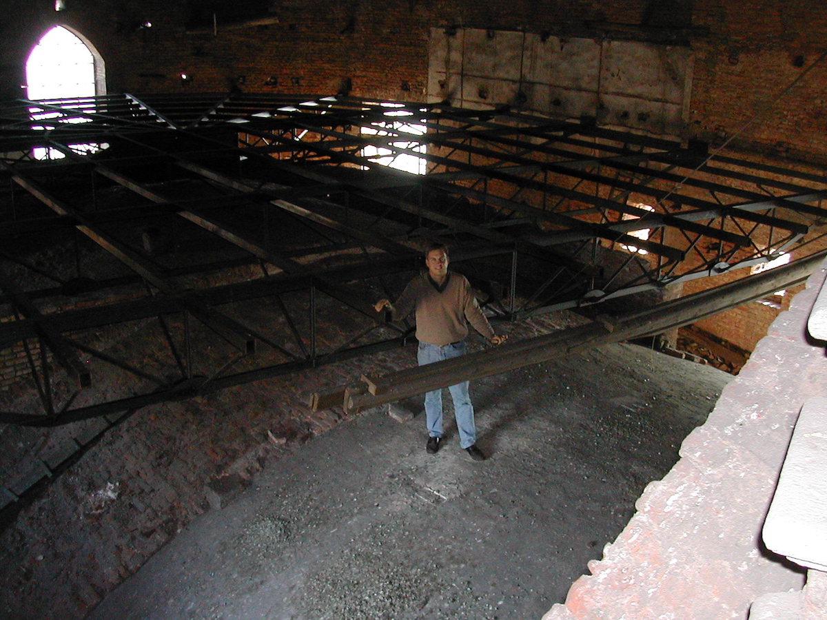 Soppalco in struttura metallica per il museo della sala del compasso all'interno della cupola di San Gaudenzio a Novara